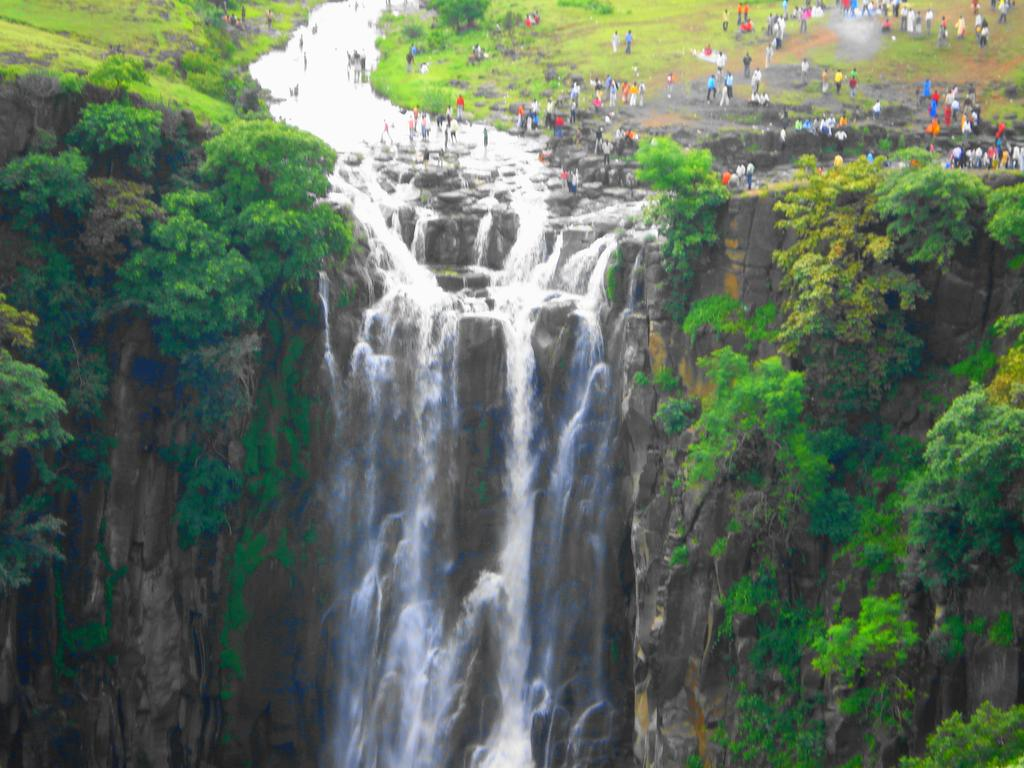 Famous Places in Mhow